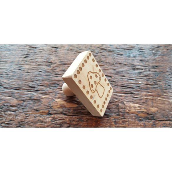 Sütipecsét fából