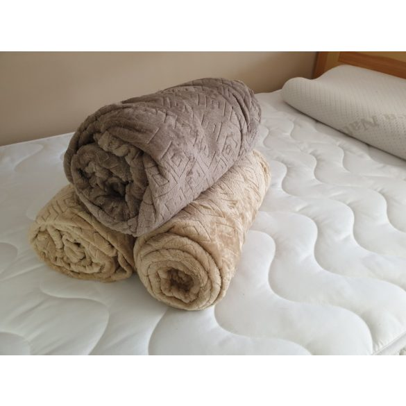 Egyszemélyes ágytakaró, pihe-puha